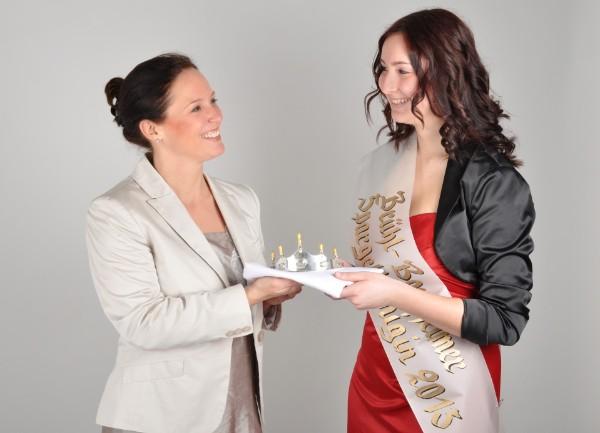 Übergabe der Krone an die Spargelkönigin 2013